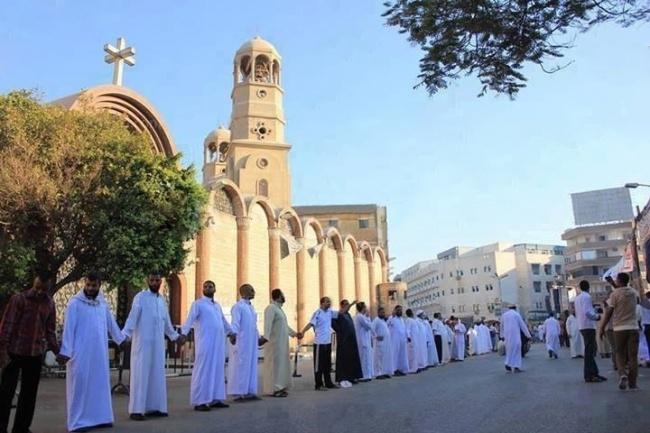 мусульмане.защищают.христиан