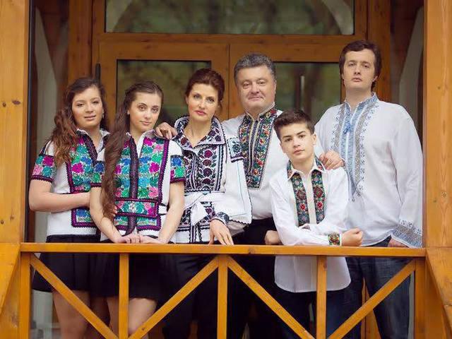 порошенко.у.вишив.