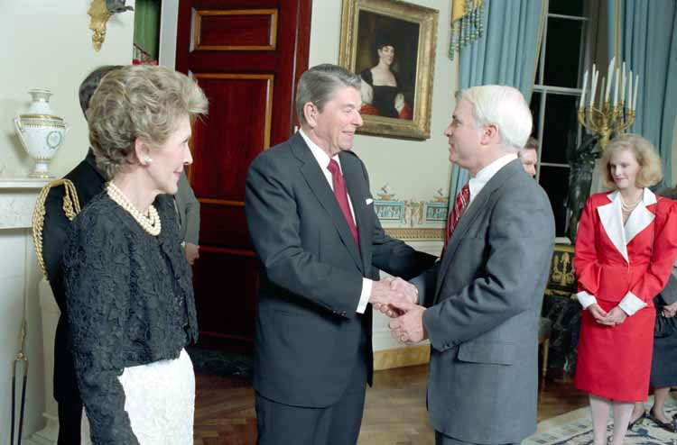Reagans_with_John_McCain_1987